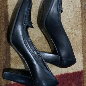 ANTONIO MELANI Shoes - black Antonio Melani 3.5 in heel shoes